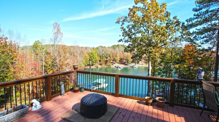 Lake Keowee Homes: A Guide for Real Estate Buyers