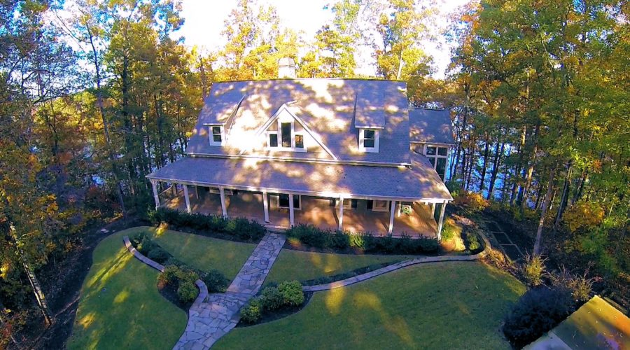 Ten Things to Know When Buying a Keowee Lake House