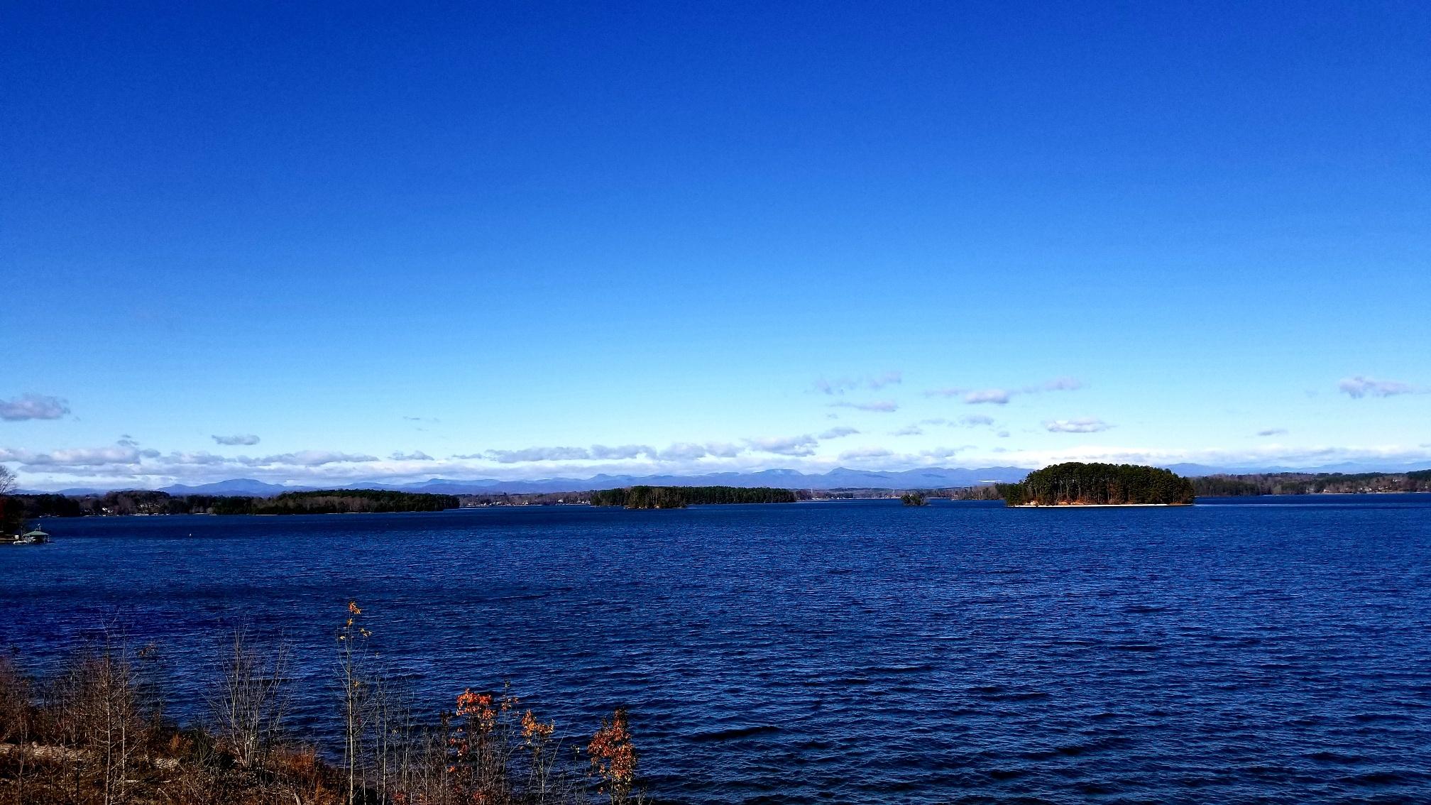 Christmas 2021 On Lake Keowee