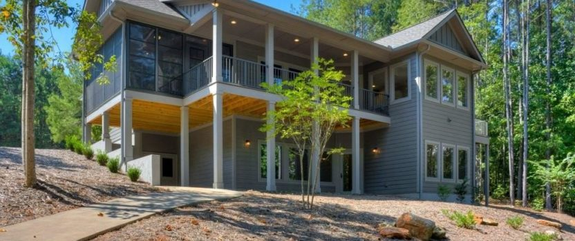 Elegant Homes On Lake Keowee Situated In The Cliffs At Keowee Springs