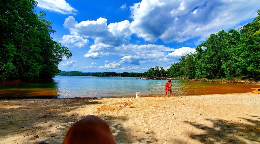 Lake Keowee Expert Blog In By July!